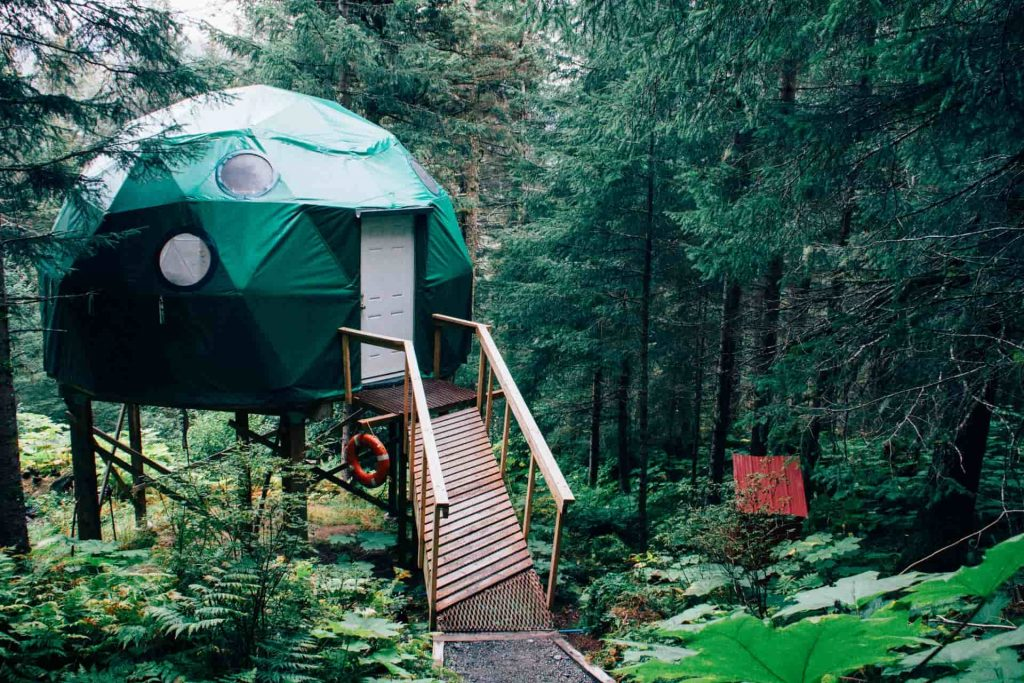 6 Offbeat Places to Book Airbnb